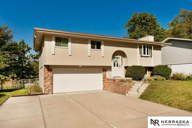 10630 Cuming Street, Omaha, NE 68114 (MLS #22124600) :: Lincoln Select Real Estate Group