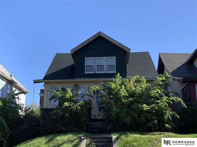 4407 S 25th Street, Omaha, NE 68107 (MLS #22124665) :: Lincoln Select Real Estate Group