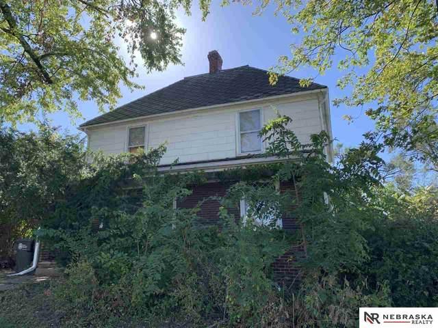 2425 I Street, Omaha, NE 68107 (MLS #22124666) :: Lincoln Select Real Estate Group