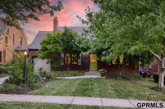 1315 S 52 Street, Omaha, NE 68106 (MLS #22124694) :: Catalyst Real Estate Group