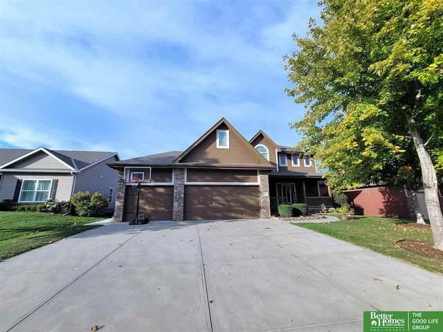 4602 Victoria Avenue, Papillion, NE 68133 (MLS #22124700) :: Lincoln Select Real Estate Group