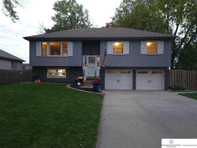 2213 Joyce Circle, Bellevue, NE 68005 (MLS #22124741) :: Lincoln Select Real Estate Group