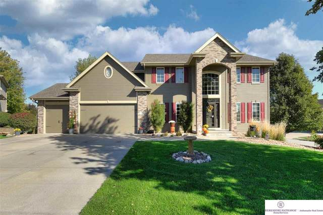 8102 Reed Circle, Papillion, NE 68046 (MLS #22124743) :: Omaha Real Estate Group