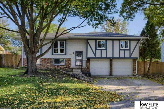 4909 Red Rock Avenue, Omaha, NE 68157 (MLS #22124771) :: Dodge County Realty Group