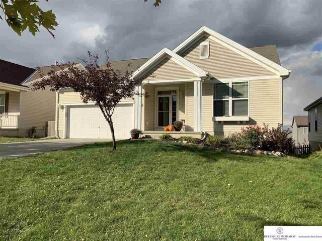 20876 Honeysuckle Drive, Omaha, NE 68022 (MLS #22124830) :: Catalyst Real Estate Group