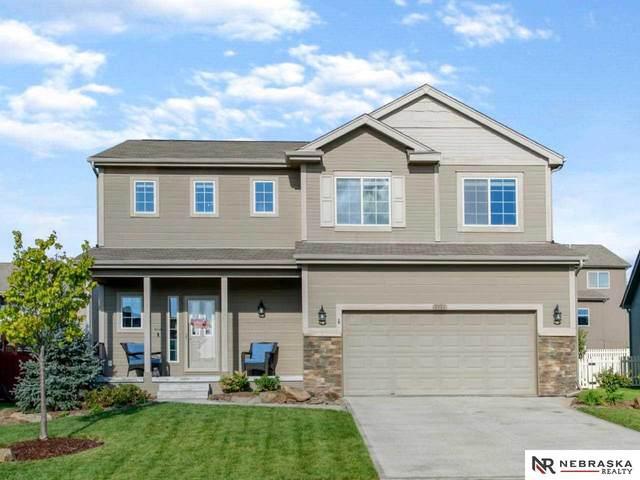 8916 N 160 Street, Bennington, NE 68007 (MLS #22124850) :: Dodge County Realty Group