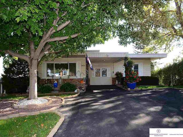 2421 S 48 Avenue, Omaha, NE 68106 (MLS #22124882) :: Lincoln Select Real Estate Group