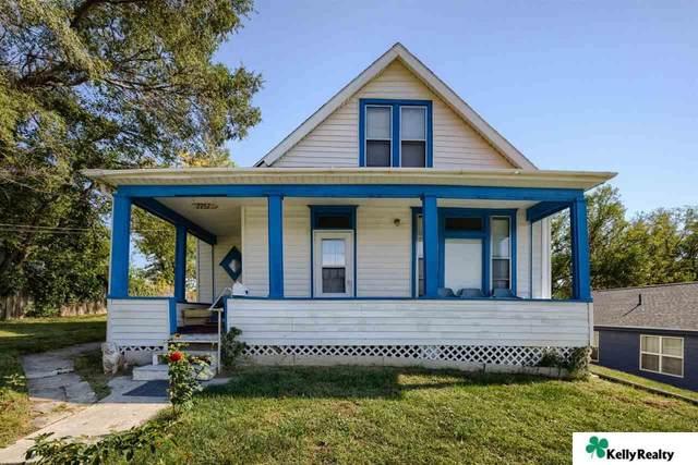 2757 S 9 Street, Omaha, NE 68108 (MLS #22124918) :: Omaha Real Estate Group