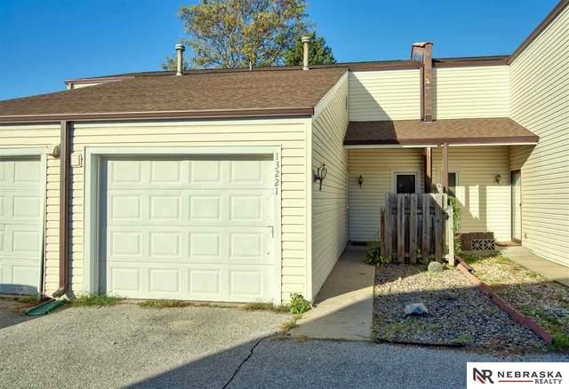 13221 Glenn Street, Omaha, NE 68138 (MLS #22124920) :: Cindy Andrew Group