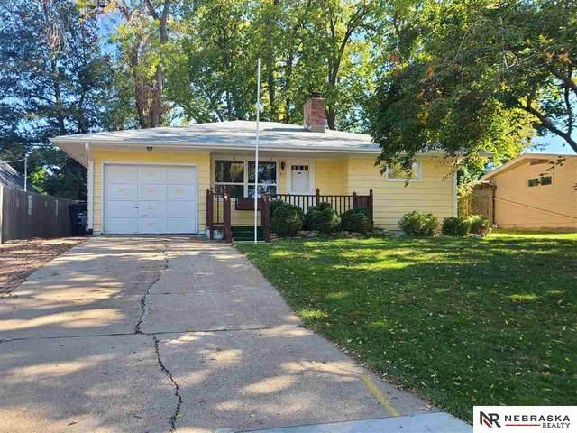811 S 67Th Avenue, Omaha, NE 68106 (MLS #22125002) :: Omaha Real Estate Group