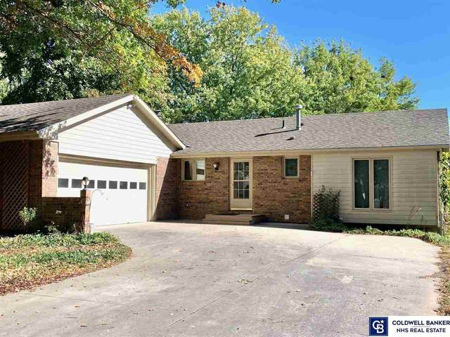 3910 S 32 Place, Lincoln, NE 68502 (MLS #22125019) :: Omaha Real Estate Group