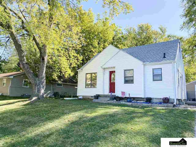6141 Baldwin Avenue, Lincoln, NE 68507 (MLS #22125029) :: Lincoln Select Real Estate Group