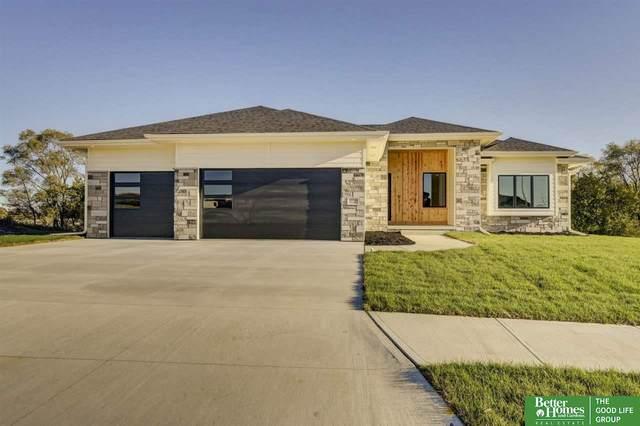 20538 Hartman Avenue, Omaha, NE 68022 (MLS #22125038) :: One80 Group/KW Elite