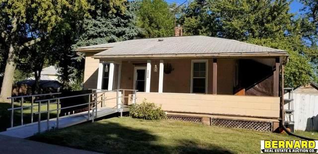 1524 2nd Avenue, Nebraska City, NE 68410 (MLS #22125044) :: Lincoln Select Real Estate Group