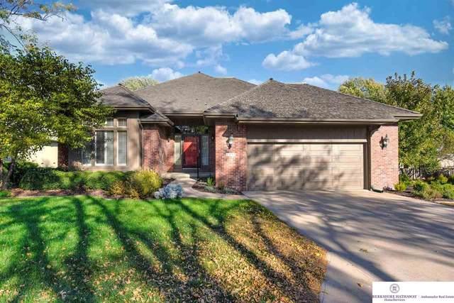 1203 N 97 Plaza, Omaha, NE 68114 (MLS #22125104) :: Lincoln Select Real Estate Group