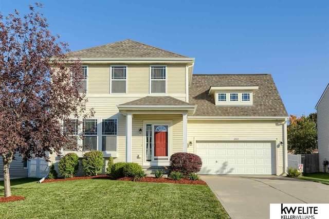 1112 Summit Ridge, Papillion, NE 68046 (MLS #22125164) :: Lincoln Select Real Estate Group