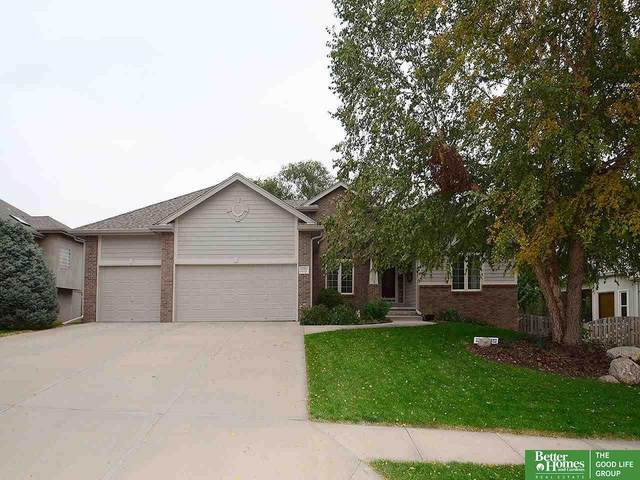 1109 Locust Avenue, Papillion, NE 68046 (MLS #22125203) :: Lincoln Select Real Estate Group