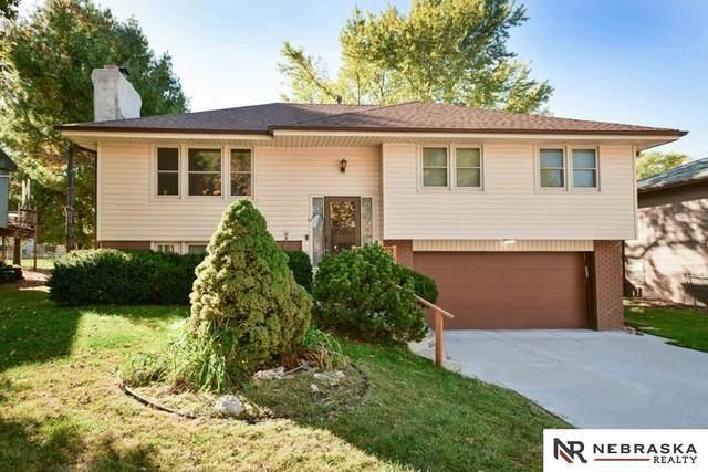 11697 Meredith Avenue, Omaha, NE 68164 (MLS #22125233) :: Lincoln Select Real Estate Group