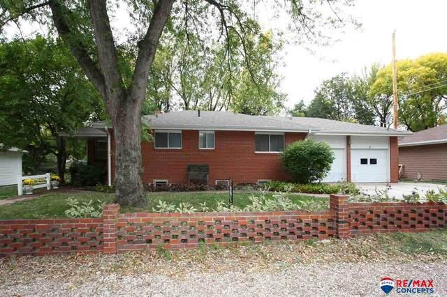 901 S 51st Street, Lincoln, NE 68510 (MLS #22125241) :: Don Peterson & Associates