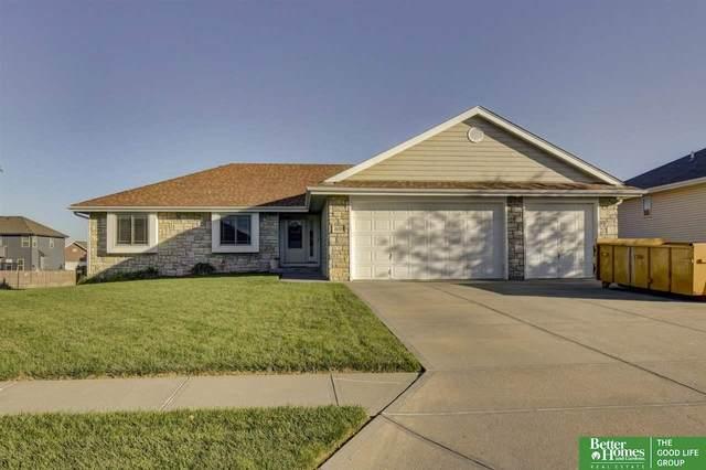 16334 Heather Street, Omaha, NE 68136 (MLS #22125270) :: Dodge County Realty Group