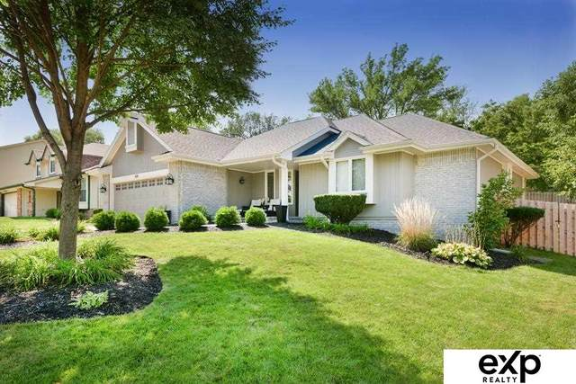 610 S Fillmore Street, Papillion, NE 68046 (MLS #22125317) :: Catalyst Real Estate Group