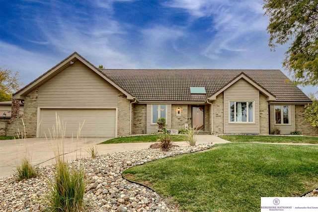 12525 Sky Park Circle Circle, Omaha, NE 68137 (MLS #22125327) :: Omaha Real Estate Group