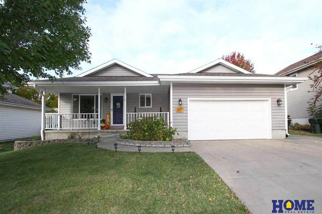 5011 NW 9th Street, Lincoln, NE 68521 (MLS #22125332) :: Dodge County Realty Group