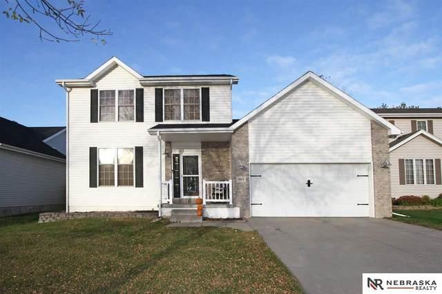 5015 NW Fairway Drive, Lincoln, NE 68521 (MLS #22125348) :: Don Peterson & Associates