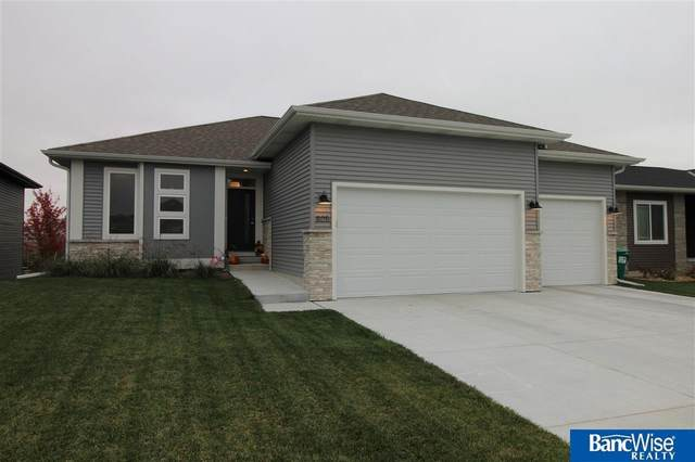 805 W Torreon Way, Lincoln, NE 68523 (MLS #22125406) :: Lincoln Select Real Estate Group