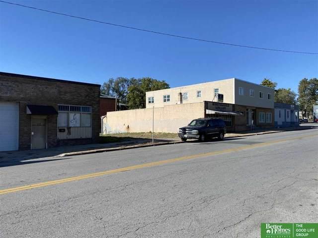 1418 Military Avenue, Omaha, NE 68131 (MLS #22125407) :: Dodge County Realty Group