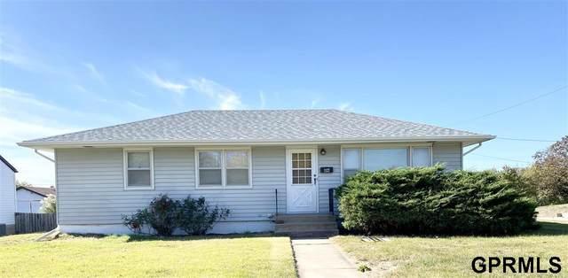 1127 K Street, Fairbury, NE 68352 (MLS #22125433) :: Don Peterson & Associates