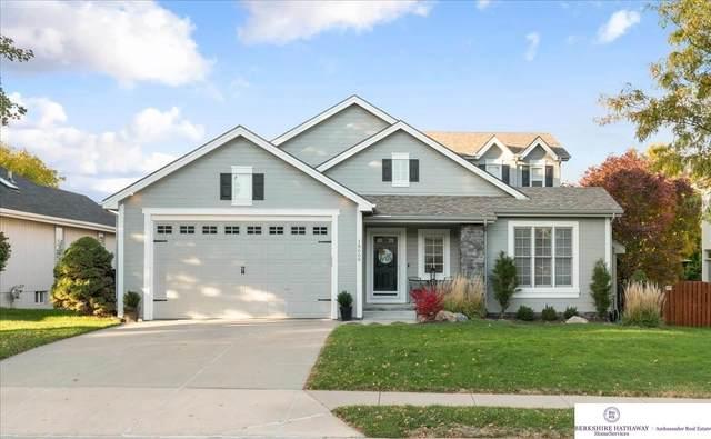 18608 Mayberry Street, Omaha, NE 68022 (MLS #22125456) :: Dodge County Realty Group