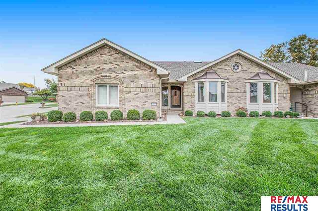 13225 Willis Circle, Omaha, NE 68164 (MLS #22125458) :: Catalyst Real Estate Group
