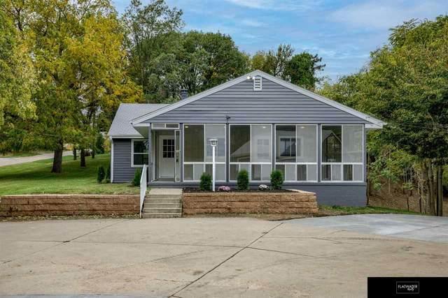 3804 N Post Road Road, Omaha, NE 68112 (MLS #22125470) :: Capital City Realty Group