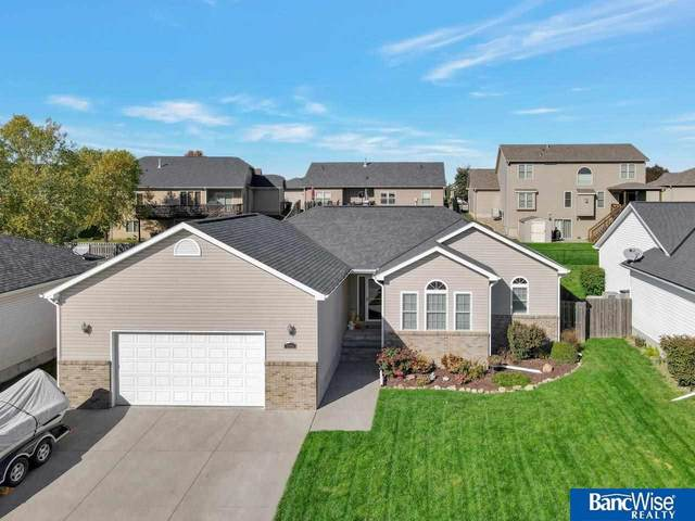 5908 Chatsworth Lane, Lincoln, NE 68516 (MLS #22125473) :: Catalyst Real Estate Group
