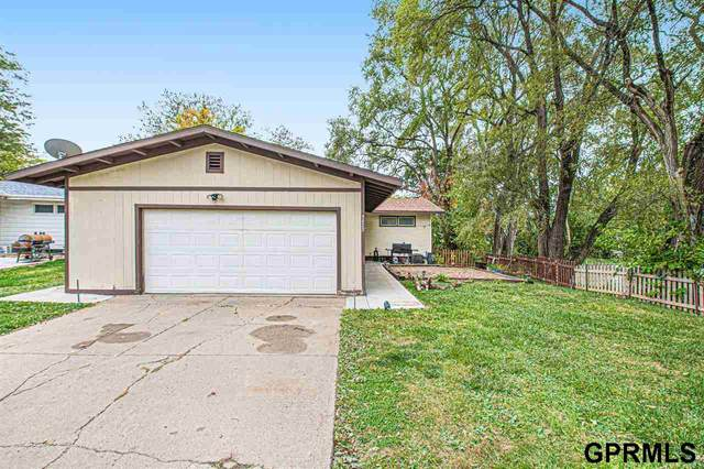 5823 Taylor Street, Omaha, NE 68104 (MLS #22125496) :: Don Peterson & Associates