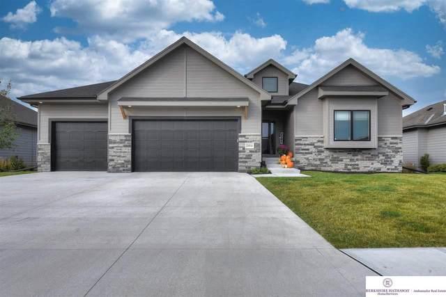 10916 S 175th Avenue, Omaha, NE 68136 (MLS #22125606) :: Omaha Real Estate Group