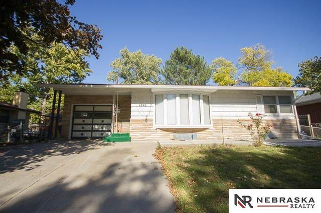 1840 Brower Road, Lincoln, NE 68502 (MLS #22125623) :: Don Peterson & Associates