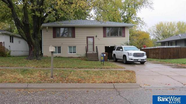 1940 Benton Street, Lincoln, NE 68521 (MLS #22125889) :: The Briley Team