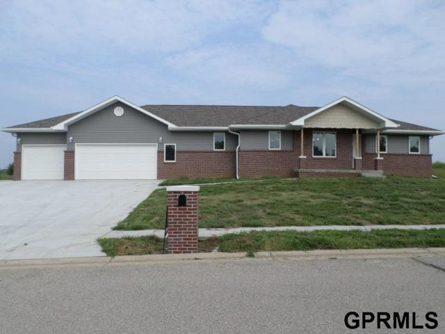 712 S 25th Street, Beatrice, NE 68310 (MLS #L10149211) :: Omaha Real Estate Group