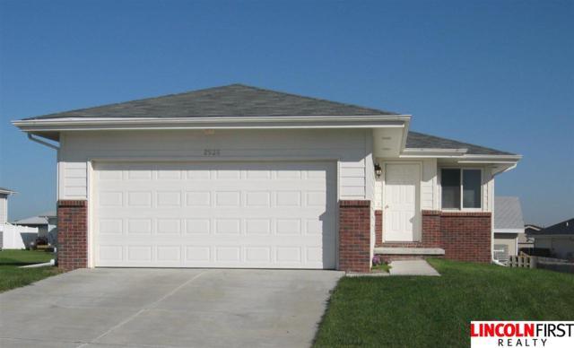 2851 W Sumner Street, Lincoln, NE 68522 (MLS #L10149760) :: Complete Real Estate Group
