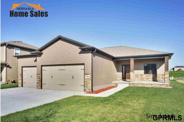 1322 E 12th Street, Hickman, NE 68372 (MLS #L10152447) :: Nebraska Home Sales