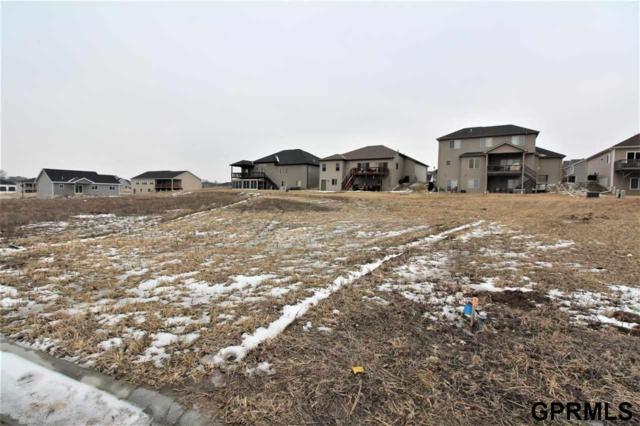 5951 Opus Circle, Lincoln, NE 68526 (MLS #L10153247) :: Nebraska Home Sales