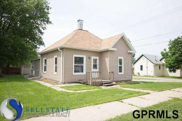 320 E 4th Street, York, NE 68467 (MLS #L10153398) :: Dodge County Realty Group