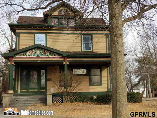 506 N College Avenue, York, NE 68467 (MLS #L10153648) :: Complete Real Estate Group