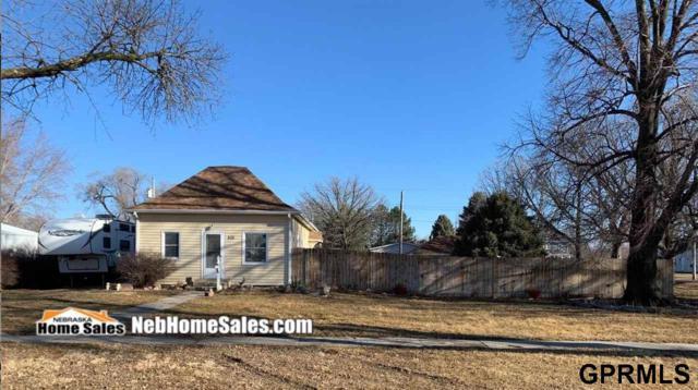 416 East L, McCool Junction, NE 68401 (MLS #L10153832) :: Complete Real Estate Group