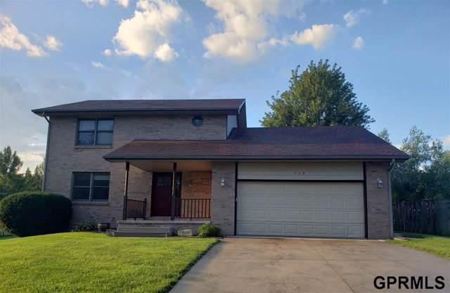 113 Regency Drive, Beatrice, NE 68310 (MLS #T11226) :: Dodge County Realty Group