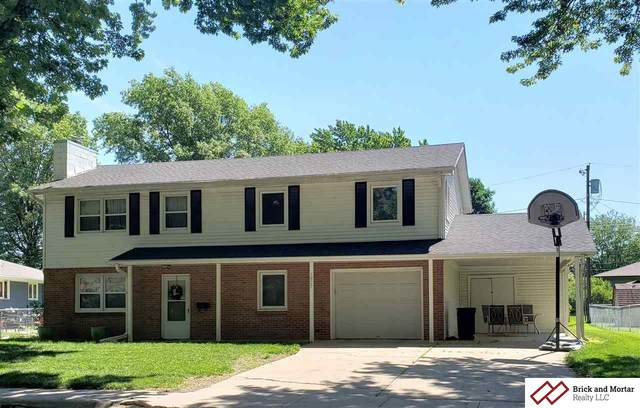 1827 Summit, Beatrice, NE 68310 (MLS #T11370) :: Stuart & Associates Real Estate Group