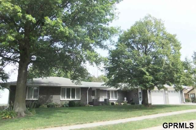 100 Franklin Ave, Beatrice, NE 68310 (MLS #T11616) :: Omaha's Elite Real Estate Group