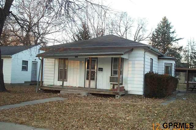 1120 Elk St Street, Beatrice, NE 68310 (MLS #T11659) :: One80 Group/Berkshire Hathaway HomeServices Ambassador Real Estate